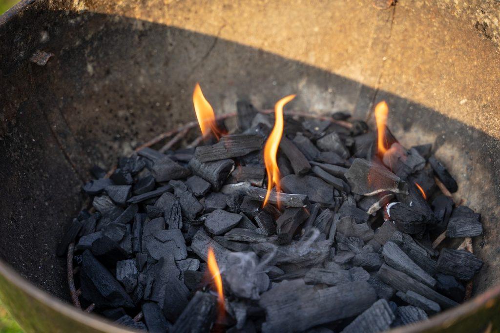 cendre de bois pour le compost